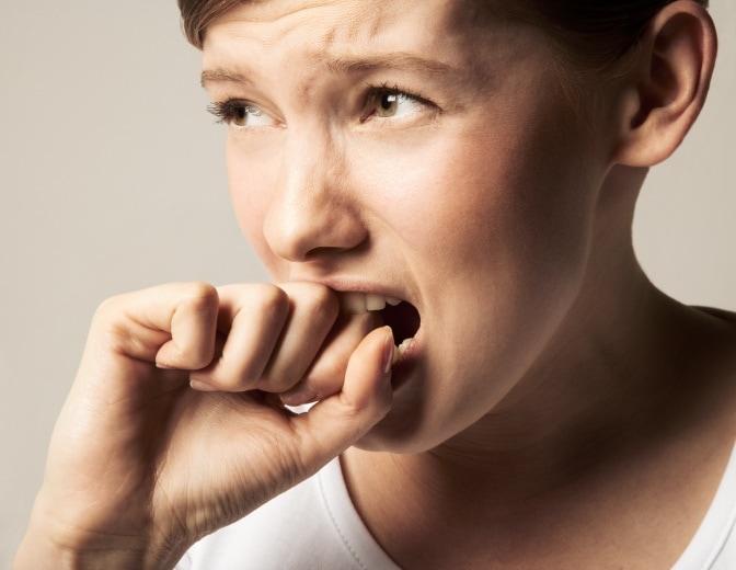 Occhi stanchi e pesanti possono causare ANSIA... o possono ESSERE CAUSATI dall'ansia!