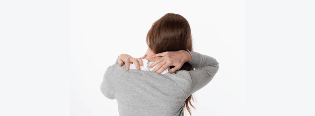 Tensione al collo causata da tensione muscolare